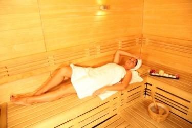 q=massage monica aix en provence